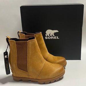 Sorel Joan Of Arctic Wedge ll Chelsea Boots